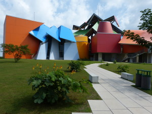Biomuseo. Architect: Frank Gehry.